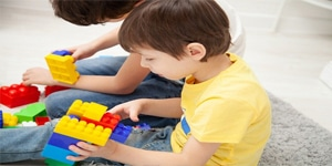 En vacances, jeux de mémoire pour les petits avec les grands (II)